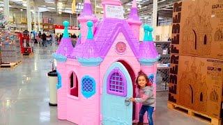 getlinkyoutube.com-Disney Princess Play Castle Toys / Fun in the Store