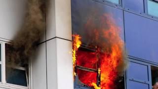 getlinkyoutube.com-Fire on 5th floor