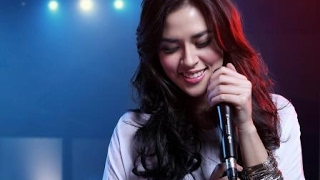 PEMERAN UTAMA - RAISA karaoke download ( tanpa vokal ) cover