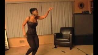 getlinkyoutube.com-Chris Brown beats Rihanna fight caught on tape
