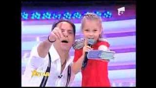 getlinkyoutube.com-Măriuca Enache are 8 ani si vrea sa fie o mare vedeta