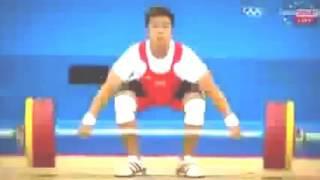 video lucu atlet angkat besi bikin ketawa