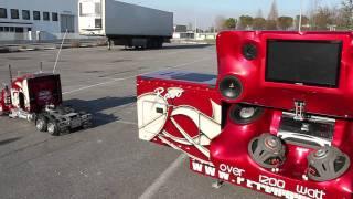 getlinkyoutube.com-Peterbilt 359 RC 1:4 Super Sound Trailer.mp4