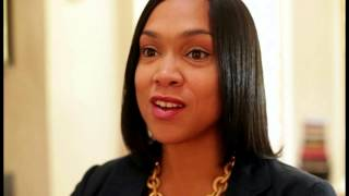 getlinkyoutube.com-Anger Rises As Attorneys of Cops In Freddie Gray Case Move to Dismiss Baltimore Prosecutor