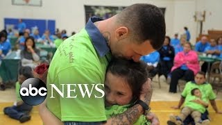 getlinkyoutube.com-Children of Prisoners Reunite with their Fathers Behind Bars for a Day