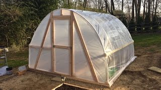 getlinkyoutube.com-DIY Greenhouse PVC Hoop House Polytunnel Garden Homemade Cheap Low Cost $100 Build Easy Instructions