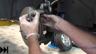 getlinkyoutube.com-Front Brake Pads & Rotor Replacement 2002-2007 Saturn Vue