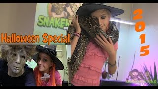 getlinkyoutube.com-Halloween Special - SnakeHuntersTV