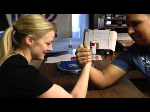 1130 the Tiger's Cupcake vs Sport Babe Ep. 2 - Arm Wrestling