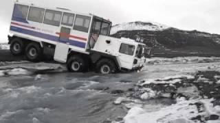 getlinkyoutube.com-MAN 8x8 off road passenger glacier truck Ice explorer