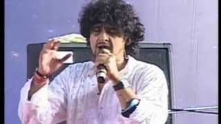 getlinkyoutube.com-Sonu Nigam (Live Performance) - Aisi Laagi Lagan Meera Ho Gayi Magan