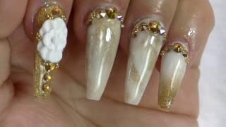 getlinkyoutube.com-Uñas efecto mármol Oro / uñas sencillas y  elegantes Gold Marble Nails/ Luliz nails