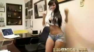 getlinkyoutube.com-Mujer bailando bien sexy.todo una cosita rica