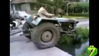 getlinkyoutube.com-Amazing idiots on Tractors! Crashes!
