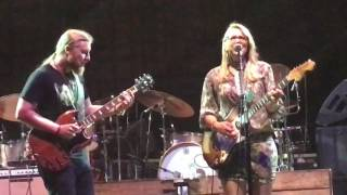 "getlinkyoutube.com-Tedeschi Trucks Band-""Bound For Glory""-Beacon Theater-NYC-10/1/16"