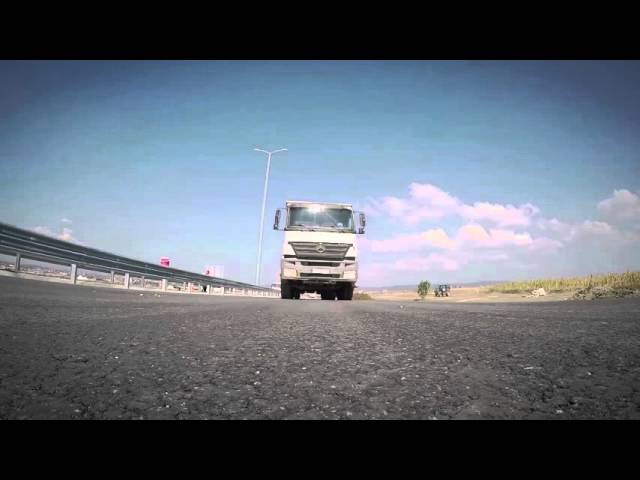 SCENES_1man_Building Highways - Route 6/7