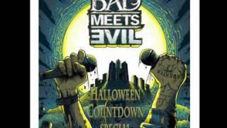 getlinkyoutube.com-Bad Meets Evil: Halloween Countdown Special (Eminem & Royce Da 5'9'' interview)
