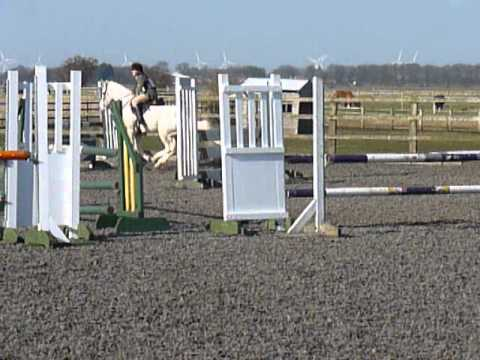 Epworth Gentle Show Jump 100 March 2014
