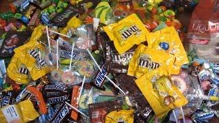 getlinkyoutube.com-New A Lot Of Candy and Surprise Eggs! Очень много конфет и сладостей!