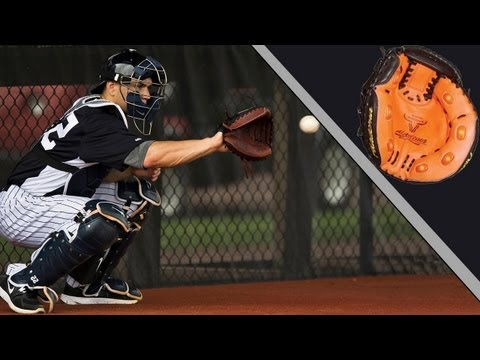 How to Throw Out a Stealing Base Runner (Catching Tips)