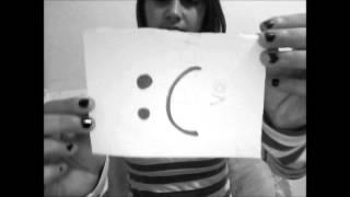 getlinkyoutube.com-- Tarde demais pra dizer Eu Te Amo , A gente só da valor depois que perde ! '