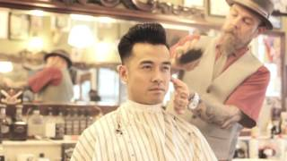 getlinkyoutube.com-How to use the Red Reuzel Pomade...