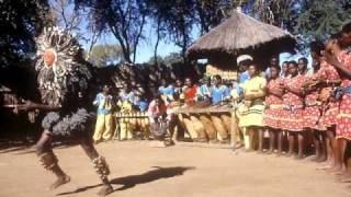 getlinkyoutube.com-Danza tribal africana -Malinke Singers (ethnic african dance)
