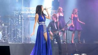 getlinkyoutube.com-Love you like a love song - Selena Gomez & The Scene live in Chile 30/01/2012