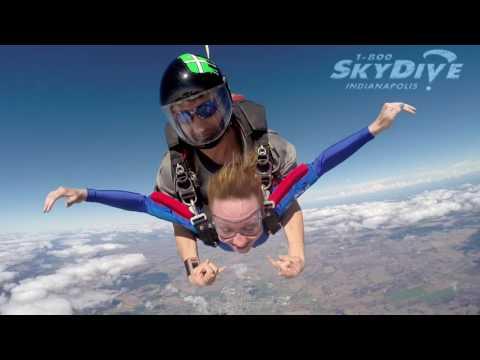 Megan Dyer's Tandem skydive!