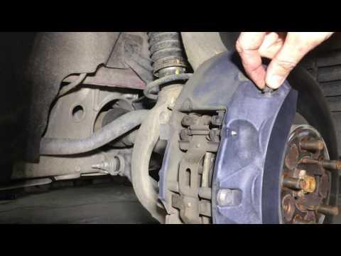 Замена тормозной жидкости на Ленд Ровер Спорт 3,0 2014 года Range Rover Sport