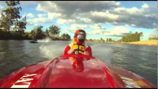 getlinkyoutube.com-race boat 25hp