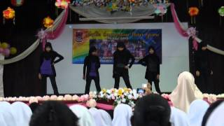 getlinkyoutube.com-Hari Guru 2012 SMKS24 K-POP Dance Performance (2FA)