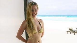 getlinkyoutube.com-Avril Lavigne - Sippin' On Sunshine (Music Video)