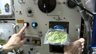 getlinkyoutube.com-How to Cook Spinach In Space | Video
