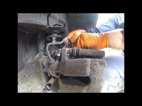 Replacing rear brake pads for Renault megane задних тормозных колодки Renault megane