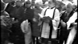 getlinkyoutube.com-Reg Kray at Ronnie Kray's Funeral