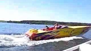 getlinkyoutube.com-Cigarette Top Gun Powerboat starting II