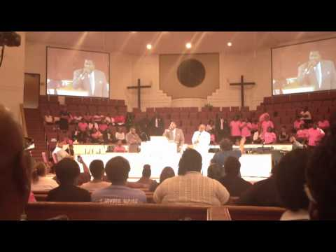 Pastor E. Dewey Smith Jr. Preaching at Beulah Grove Augusta GA