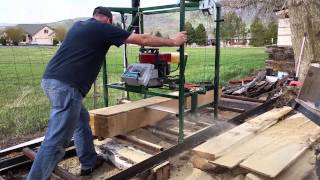 getlinkyoutube.com-homemade chainsaw mill.
