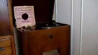 1937 GEC Radiogram Louis Levy &  Gaumont British Symphony .