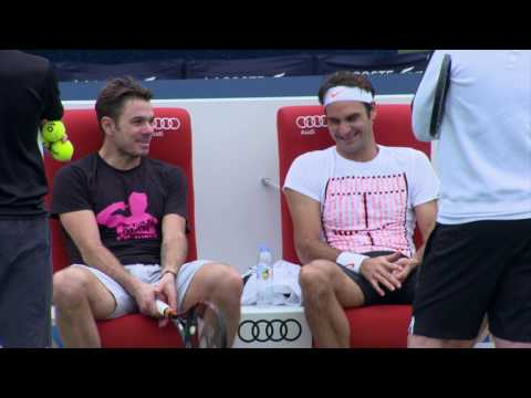 Wawrinka Federer Joke Around Practise In Dubai