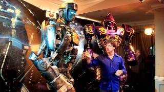 getlinkyoutube.com-Atom from Real Steel and John Rosengrant from Legacy Effects