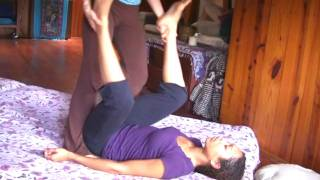 getlinkyoutube.com-Thai Massage Demo, Full Body Relaxation Massage Therapy Techniques Part 1