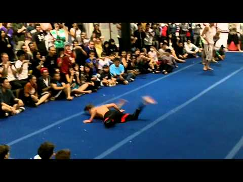 Loopkicks 2011 Final Battle - NTBS, Vellu, Scott Skelton and more