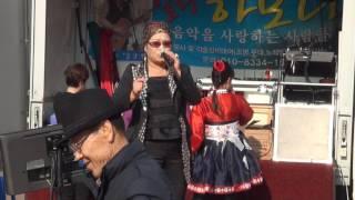 getlinkyoutube.com-조아라 가수 인천역 소리향기(현기획)16-12-3편집자 장털보