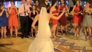 getlinkyoutube.com-زواج زينب العراقيه وراندي الامريكي كلمن محتفل و يرقص على طريقته و تراثه واصله