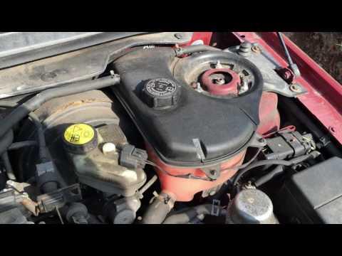 Расположение у Jaguar XJR впускного коллектора