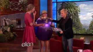 getlinkyoutube.com-Taylor Swift Meets Her Biggest Fan