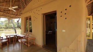 getlinkyoutube.com-สุดยอดไอเดียของฝรั่งหัวใจไทยคนนี้ สร้างบ้าน สร้างโรงเรียนจากไม้ไผ่ และ ดิน ได้อย่างน่าทึ่ง