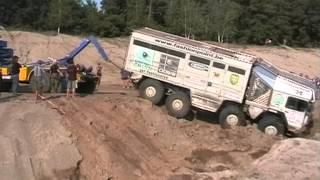 getlinkyoutube.com-12. Rallye Breslau MAN LKW Bergung im Sand Berlin Dresden